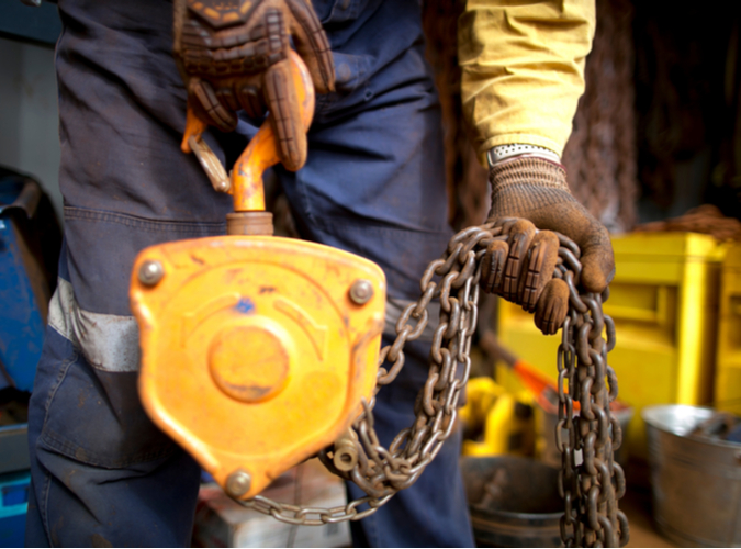 Identifying Defects in Your Rigging Hardware